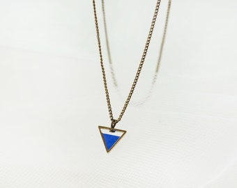 Triangle short necklace -Blueberry