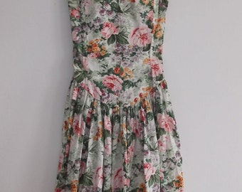 Vintage Elegant Dress with Floral Motifs Size S