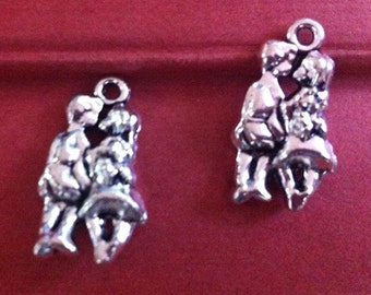 16pieces13mmx23mm lover charm  -  antique silver charm pendant  Jewelry Findings