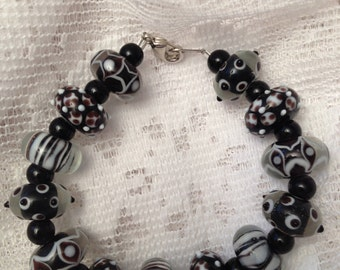 Fancy Black and White Lamp work Beaded Bracelet