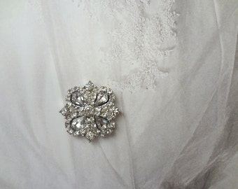 Rhinestone Button element small brooch for hair pieces flower center brooch