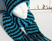 Banded Turquoise Hat and Scarf Set