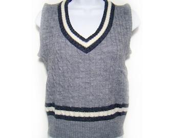 10 Dollar SALE---Vintage 80's COLLAGE Grey Sweater Vest M