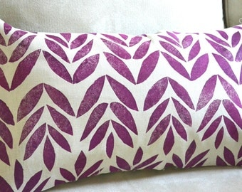 Block printed pillow cover in magenta