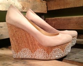50% OFF // Size 8.5 // EU 39 // Gianni Bini Cream Platform Shoe Leather Uppers //