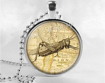GRASSHOPPER Necklace, Grasshopper Necklace, Grasshopper Pendant, Grasshopper Jewelry, Glass Art Pendant Charm, Gothic, Insect Jewelry