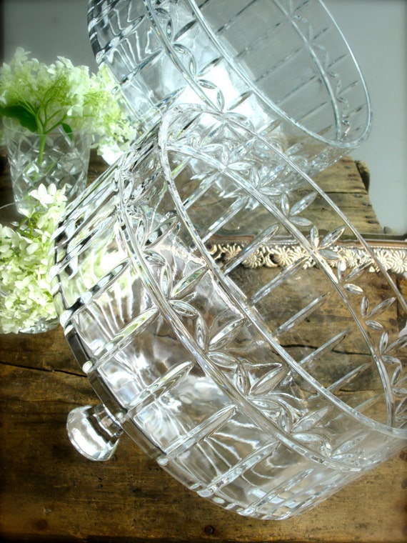 Large Lead Crystal Cake Dome Vintage Glass Cake Plate Cover