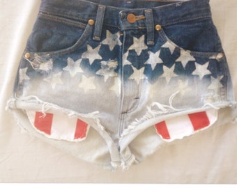 Highwaist American Flag ombré shorts with showing pockets  size