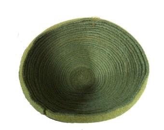 Wool bowl, flexibel, made of old wool blankets.