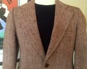 Vintage Harris Tweed Jacket / Blazer / Sport Coat in Classic Brown Herringbone