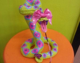 Fierce Diva Ceramic Rattlesnake Animal Faux Taxidermy Statue Home Decor