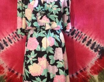 Vintage short sleeve floral print dress by Oops California
