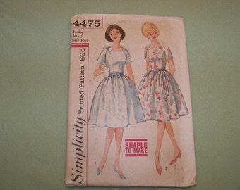 Vintage Simplicity Pattern - 4475 - Dress  Junior Size 9