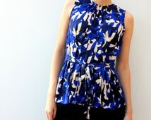 Women tops blouses. Women's tops fesh, picks, lace. Flowers and lace tops. Blue blouses and tops for her.