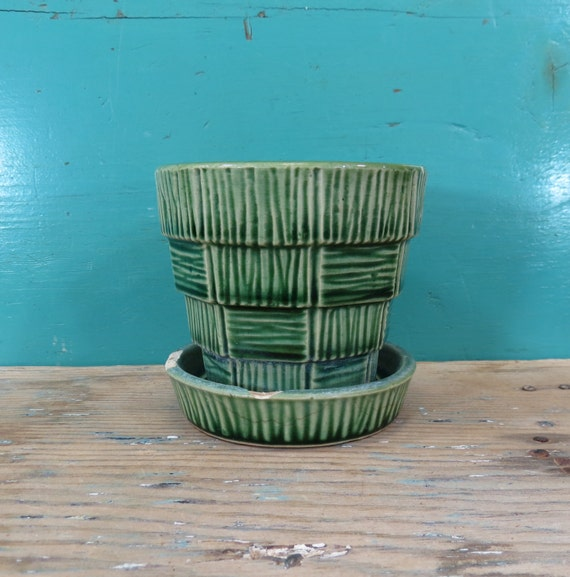 Flower Baskets Usa : Mccoy green basket weave flower pot usa by thstreetemporium