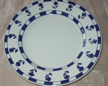 Lunch Plate Ceramica Quadrifoglio Vintage 1950s Lunch Plate Made In Italy Blue Flowers Blue and White Square Trim Pattern Design