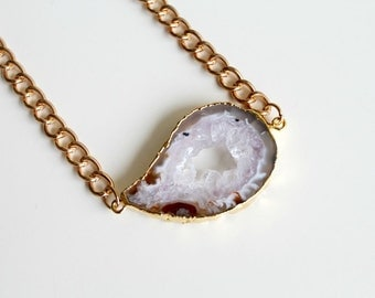 Natural Agate Druzy Necklace. Unique Sliced Druzy Geode Necklace. Gold chunky chain necklace.OOAK