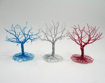 A small splash of color - A twisted wire tree that adds sparkle to your decor.