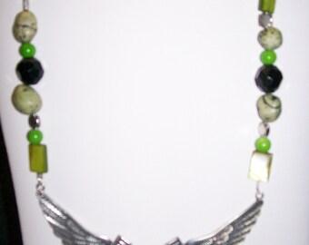 Chunky Cowgirl Zebra Striped Winged Horseshoe Necklace Set - Granny Smith Apple Green