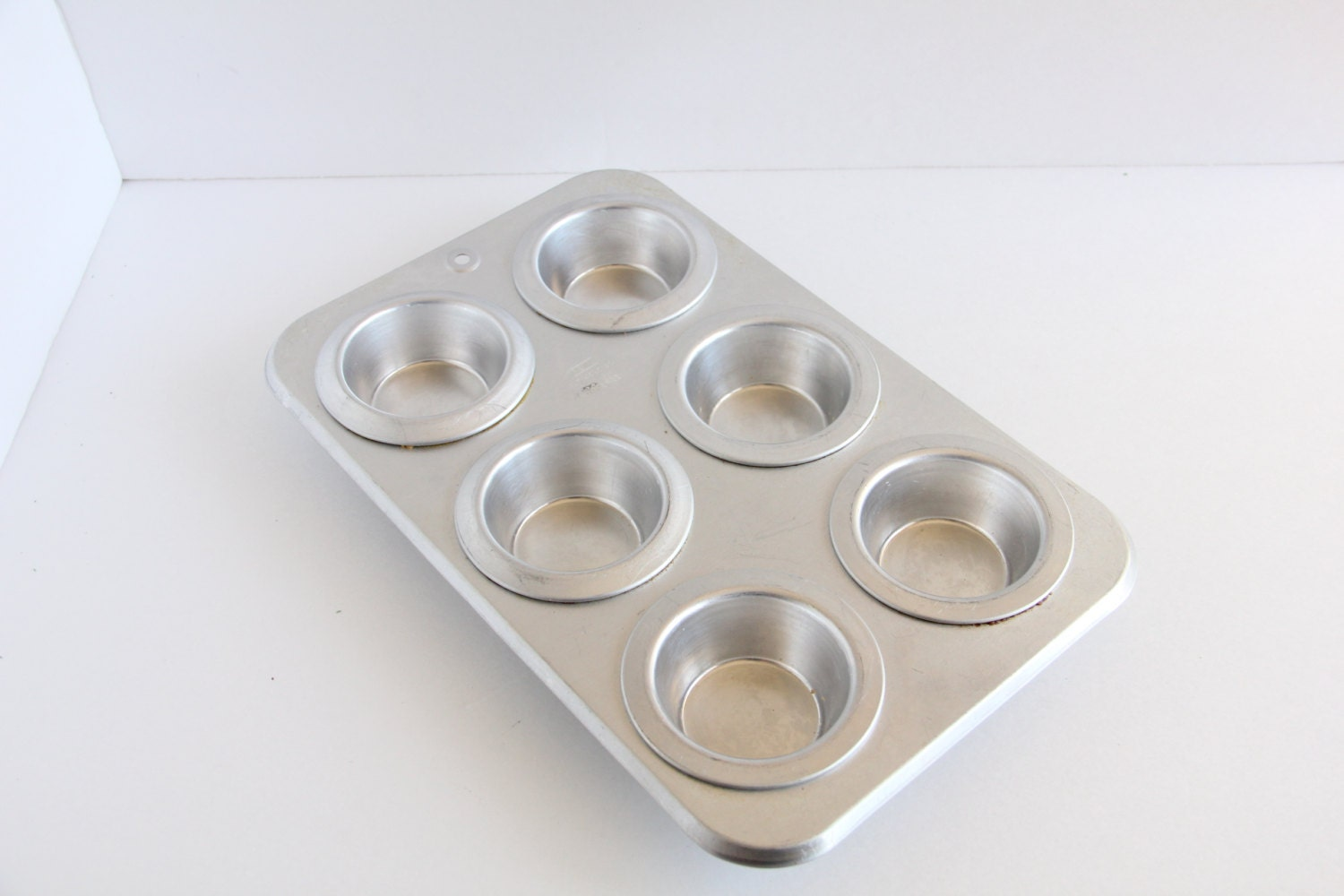 Rema Airbake Cupcake Pan Insulated Muffin By