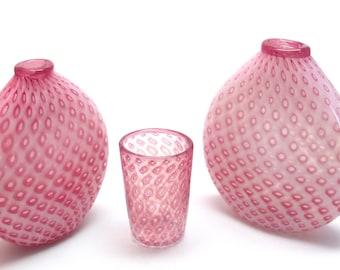 Glass Gold Ruby Flat Bubble Vase (1)