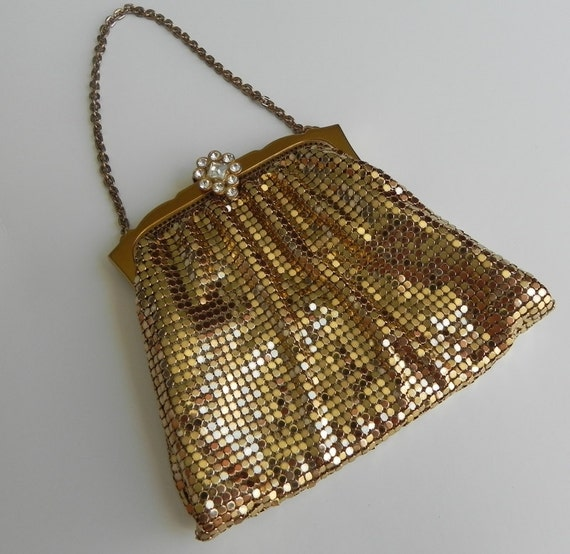 classic whiting and davis gold mesh wrist purse