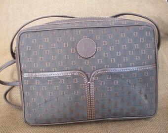 Vintage chic brown Fendi signature canvas and leather trim shoulder bag