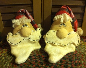 Set of Two Primitive Christmas Santa Claus Heads, Ornaments, Bowl Fillers, Tucks or Ornies