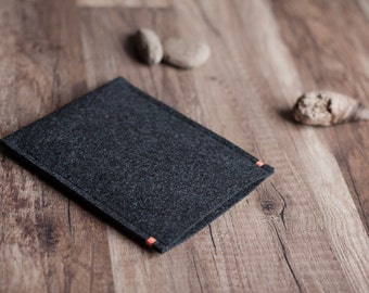 Nook HD+, Nook GlowLight (Plus) case cover sleeve, anthracite felt with a colour accent