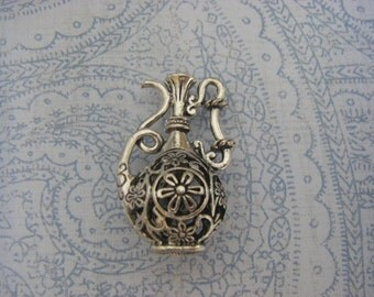 1 Large Silver 3D Wine Decanter Urn Italy Pitcher Charm pendant vintage style ships quick from USA SC