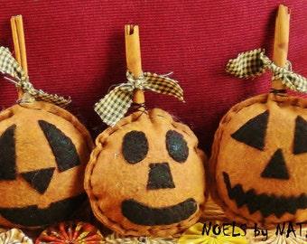 INDIVIDUAL Cinnamon Stick Pumpkins