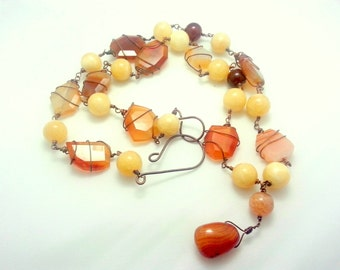 Orange brown necklace with agate and carnelian stones.Wirerwapped jewelry.Summer jewels.