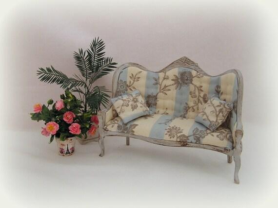 Shabby chic sofa estilo frances para casa de mu ecas for Sofa estilo frances