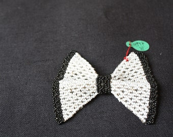 1925 black and white clip on bead bow