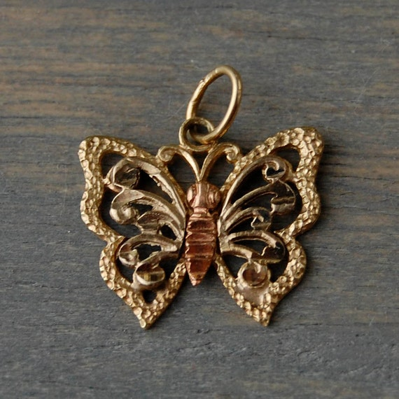 vintage 14k two tone gold butterfly filigree charm by