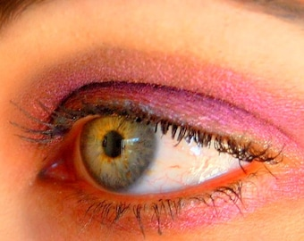 BAD ROMANCE- All Natural, Vegan Eyeshadow Makeup