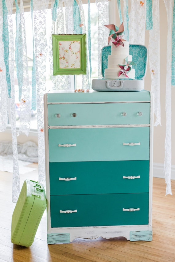 Items similar to sold green dresser baby 39 s room on etsy - Bureau a vendre pas cher ...