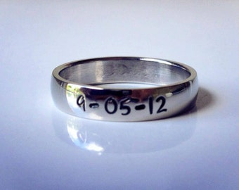 "Personalized Ring, Engraved Ring,  "" Wedding Band Style"", name Ring, Class Ring WBSS01"