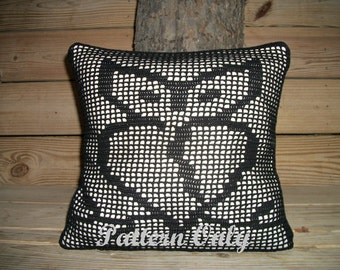 Heart Shaped Owl Crochet Pillow Pattern