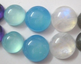 Lot of Mix Gemstone Labradorite,Blue Chalcedony,Amethyst,Aqua Chalcedony,Rainbow Moonstone 7x7 mm Round Cabochons