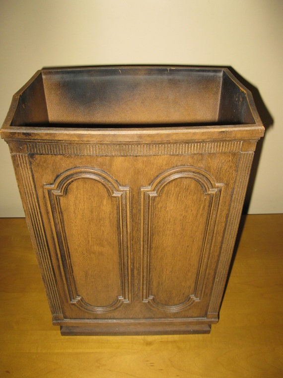 Vintage Pearl Wick Trash Can Faux Wood Grain Excellent