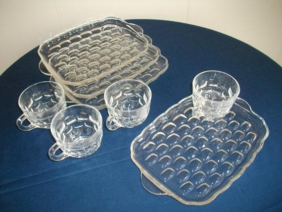 Items similar to vintage federal glass yorktown