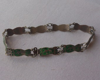 Vintage sterling silver Siam green enamel bracelet
