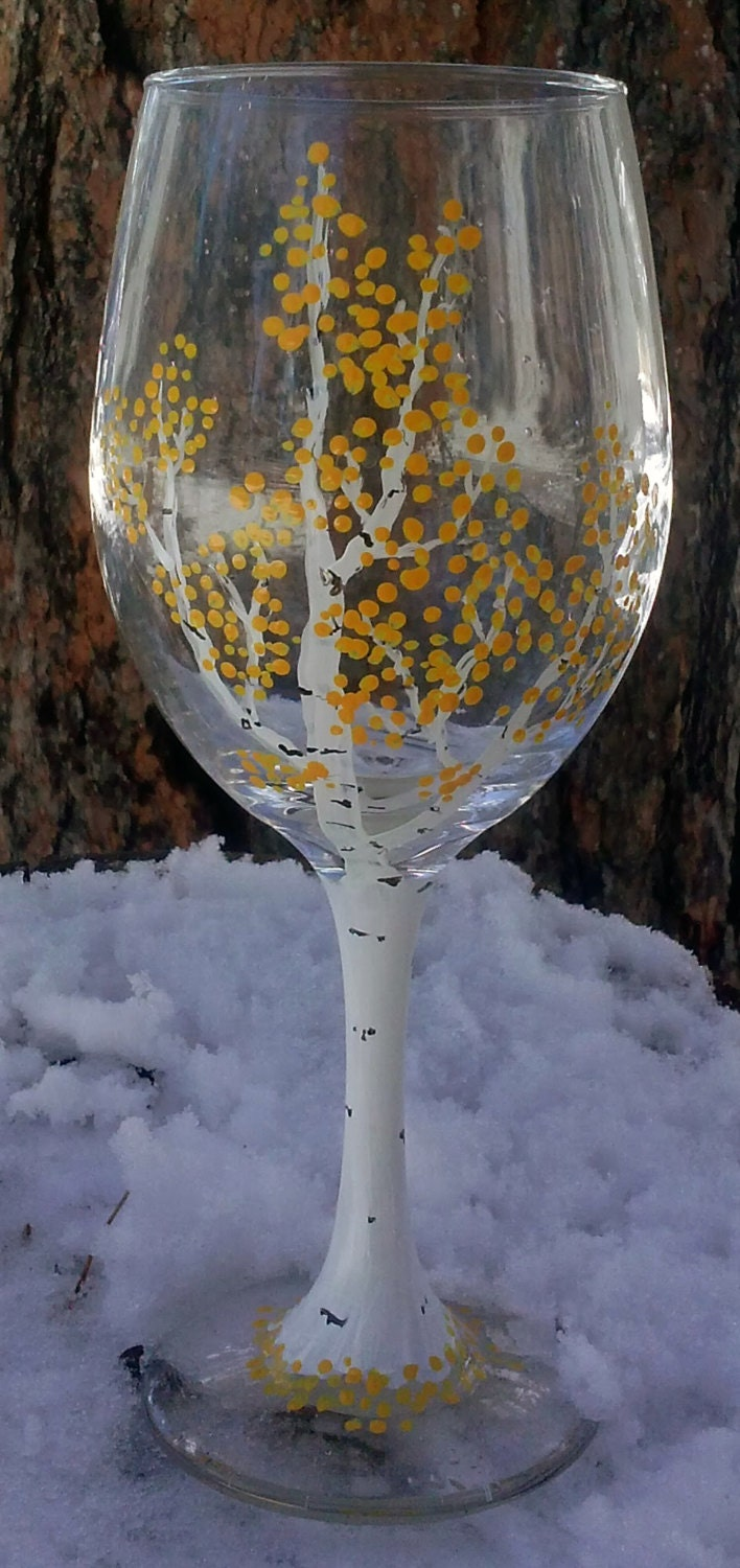 Wine glasses wine glass decorated wine glasses colored wine for Christmas glass painting designs