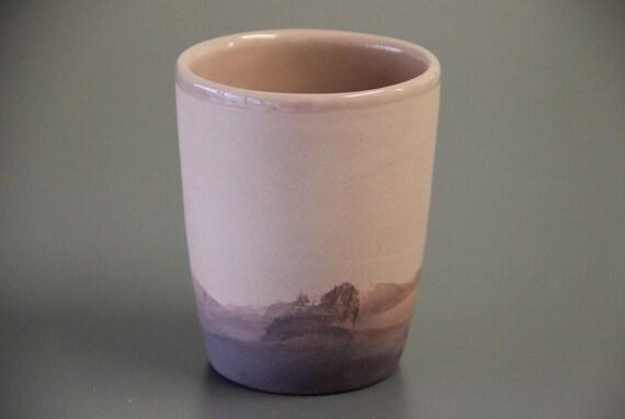 rosa und lila kleine keramik becher tasse ohne henkel schiff. Black Bedroom Furniture Sets. Home Design Ideas