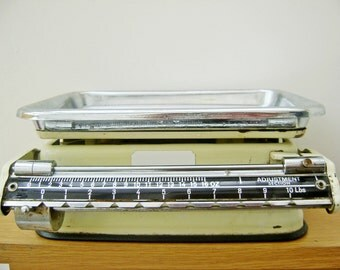 Weighing Scales,Vintage German Foreign Weighing Scales Medical Scales,Shop Scales,1950s,Kitchen Weighing Scales,Old Weighing Scales,