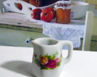 Royal Albert Miniature Jug for Dollhouse 1:12 scale