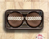 Chocolate Cupcake - iPhone 4 Case, iPhone 4s Case and iPhone 5/5S/5C and now iPhone 6 cases!! And Samsung Galaxy S3/S4/S5/S6