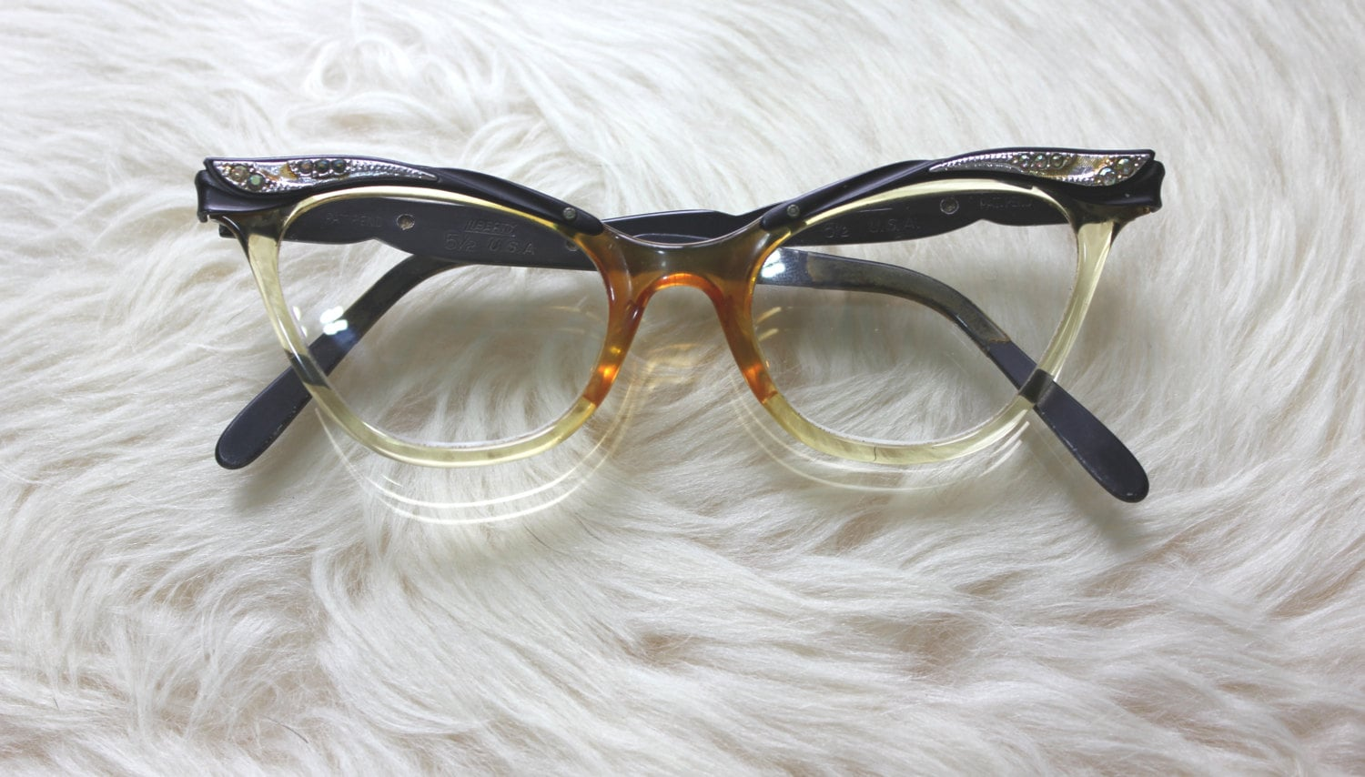 Glasses Frame Discoloration : 1950s cat eye prescription eye glasses: Marilyn