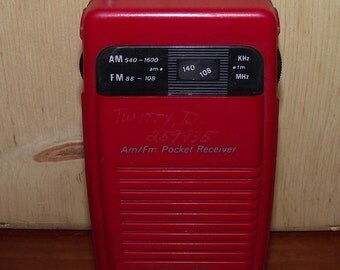 Red AM FM Gran Prix Pocket Radio